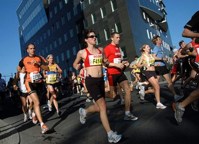 Marathon: Long-distance running event with an official distance of 42.195 kilometers